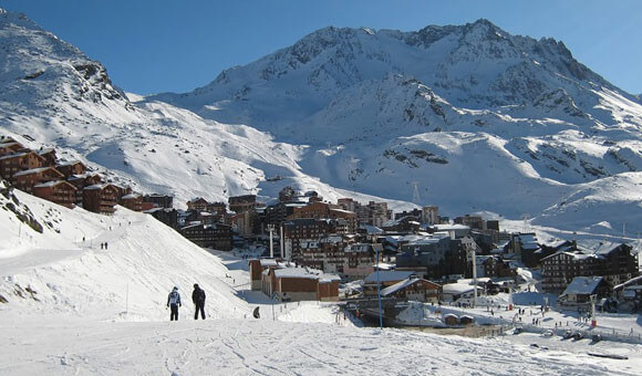 Skiing at Val Thorens